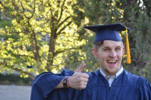 graduation-thumbsup